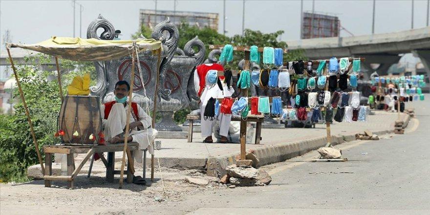 Pakistan'da Kovid-19 vaka sayısı 185 bini aştı