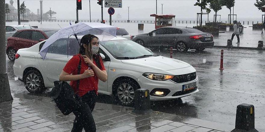 İstanbul'da yağış başladı