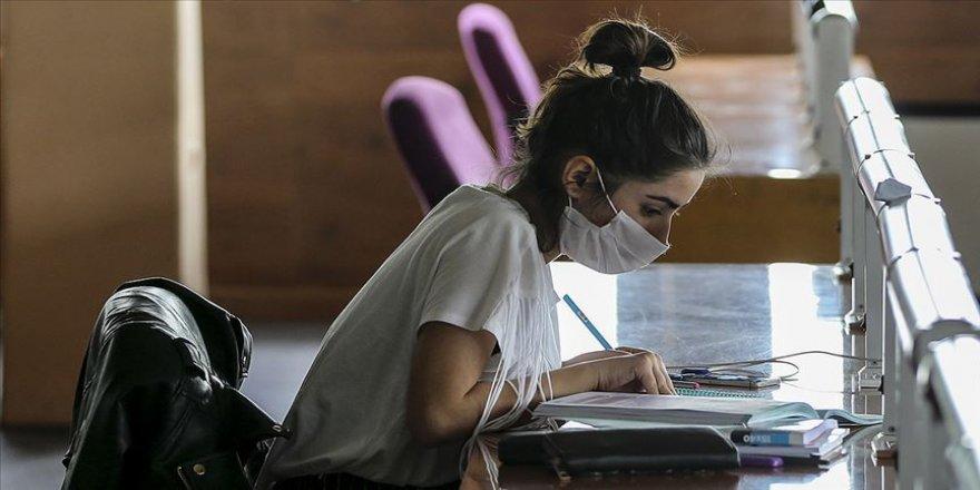 Üniversite sınavına gireceklere 'kaygıyı dışsallaştırma' tavsiyesi