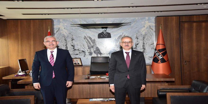 Genel Sekreter Gündoğdu'dan Karayolları Genel Müdürü Uraloğlu'na ziyaret