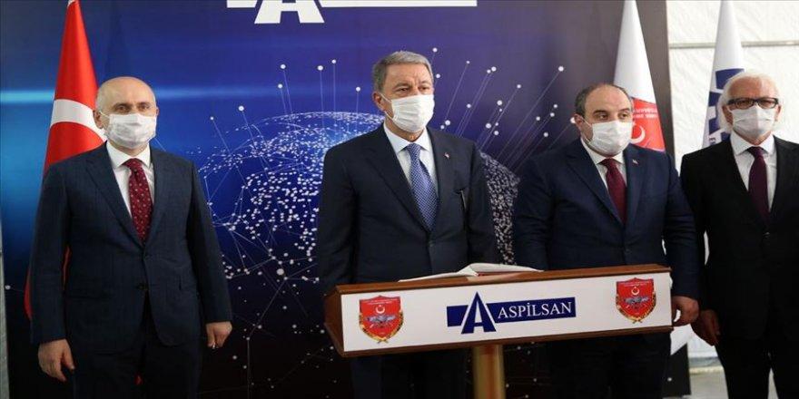 Bakanlar Akar, Varank ve Karaismailoğlu ASPİLSAN'ı gezdi