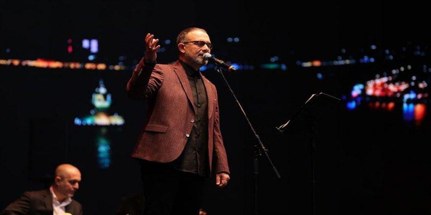 İbrahim Sadri'nin yeni albümü 'Reçelli Ekmek' ismiyle çıktı