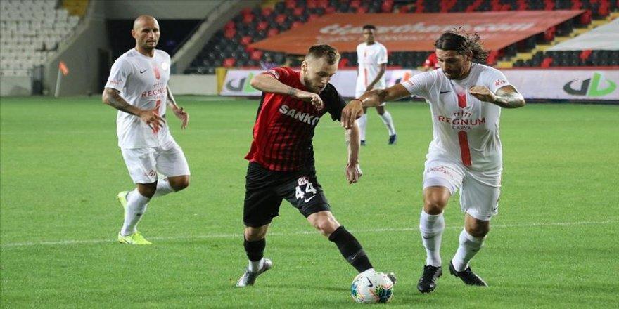 Gaziantep FK-Antalyaspor maçı beraberlikle sonuçlandı