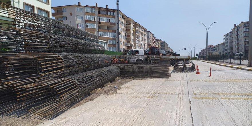 Karamürsel Köprülü Kavşağı'nda Yalova yönü çalışmaları sürüyor