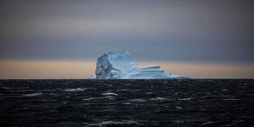 'Güney Kutbu'nda sıcaklık küresel ortalamaya göre üç kat daha fazla artıyor'