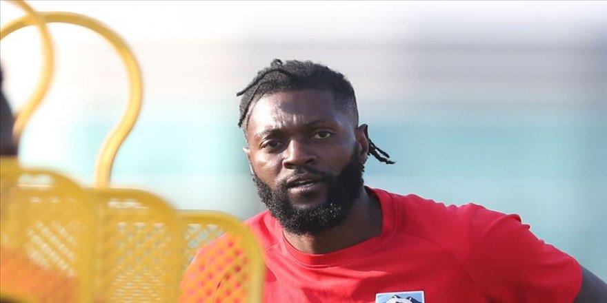 Adebayor, 4 maça çıktığı Olimpia ile yollarını ayırdı