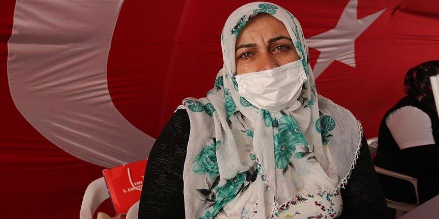 Diyarbakır annelerinden Sancar: Evlatlarımız gelmeden buradan kalkmayacağız