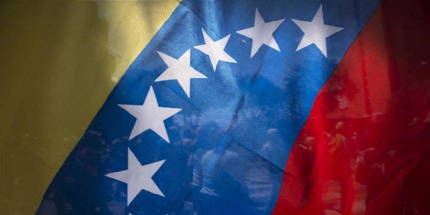 Venezuela'da parlamento seçimleri 6 Aralık'ta düzenlenecek