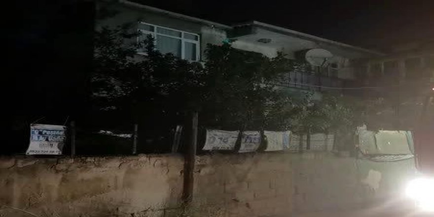 Gebze'de 3 katlı binanın 2'nci katında yangın cıktı