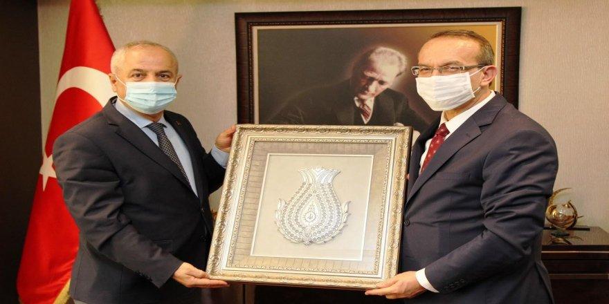 Kocaeli Valisi Yavuz'dan Başkan Büyükgöz'e ziyaret