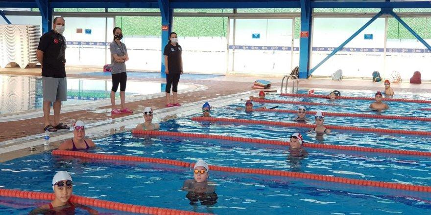 Kapalı Yüzme Havuzu tüm tedbirleri alarak faaliyete başladı