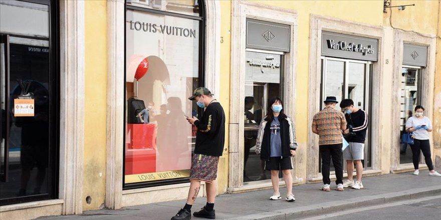 Dünya genelinde Kovid-19 tespit edilen kişi sayısı 11 milyon 205 bini geçti