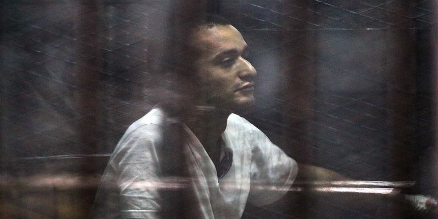 Mısır'da muhalif aktivist Ahmed Duma'ya 15 yıl hapis cezası onandı