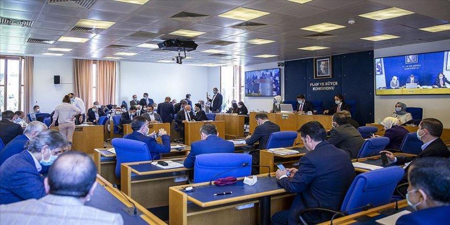TBMM Adalet Komisyonunda barolara ilişkin kanun teklifinin görüşmeleri sürüyor