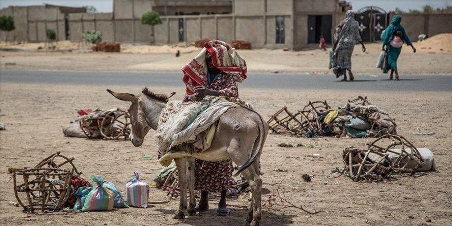 Afrika Kalkınma Bankası: Kovid-19 salgını yaklaşık 49 milyon Afrikalıyı aşırı fakirliğe itebilir