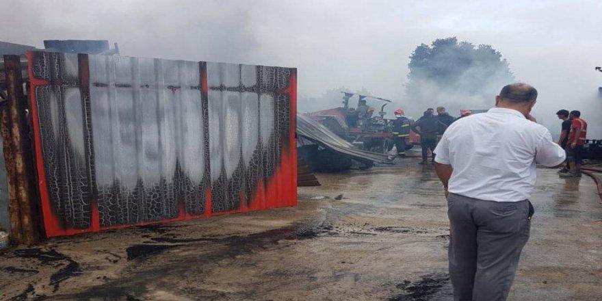 Gebze'Pelitlide fabrika yangını !