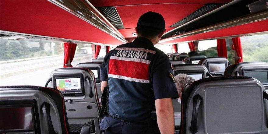 İstanbul Jandarması toplu taşıma araçlarında denetim yaptı