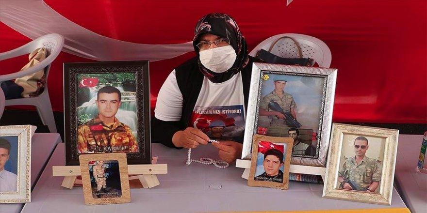 Diyarbakır annelerinden Altıntaş: Herkes gelsin, evladını istesin