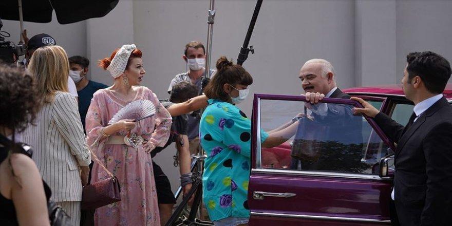 TRT'nin yeni dizisi 'Tövbeler Olsun'un setinden ilk kareler paylaşıldı