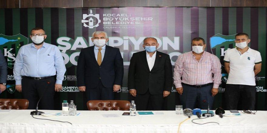 Şampiyon Kocaelispor'a bu şampiyonluk kutlaması yakışır