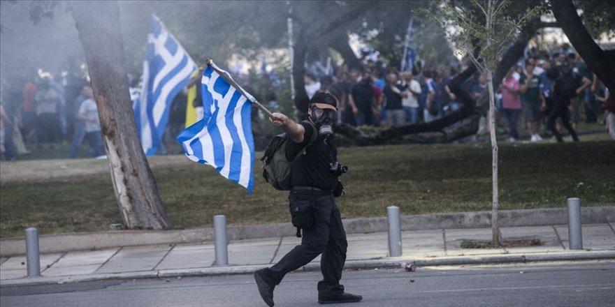 Yunanistan'da gösterilere sınırlama geliyor