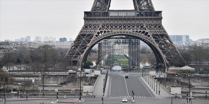 Fransa'da sokak sanatçısına 25 kadına tecavüzden soruşturma