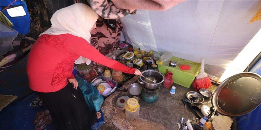 Suriye kamplarındaki sivilleri açlık korkusu sardı