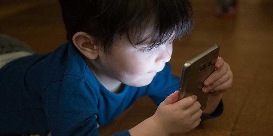 Yeşilay'dan 'Mavi Bebek' oyunu uyarısı