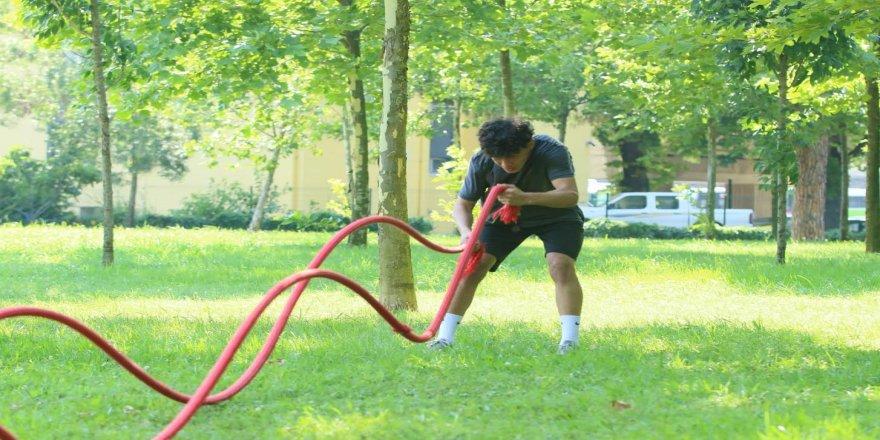 Kağıtsporlu güreşçiler güç topluyor