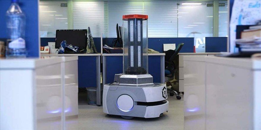 Milli robot RoboCare pandemiyle mücadele eden ülkelere nefes oluyor
