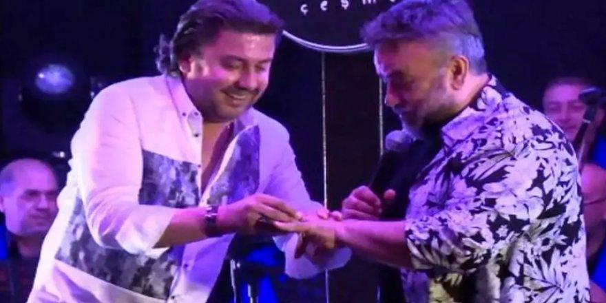 Bülent Serttaş'a 10 bin dolarlık elmas yüzük hediye etti