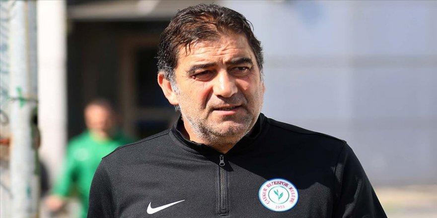 Çaykur Rizespor'da teknik direktör Ünal Karaman ile yollar ayrıldı