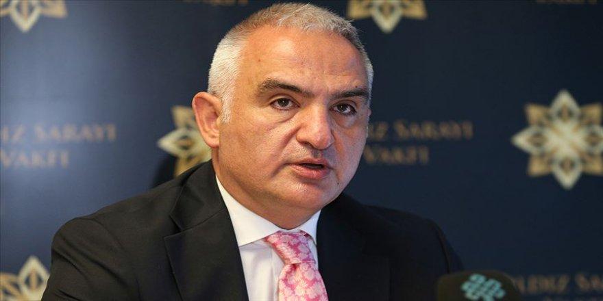 Kültür ve Turizm Bakanı Ersoy: Türkçenin güçlü ve değerli romancısı artık kitaplarıyla yaşayacak