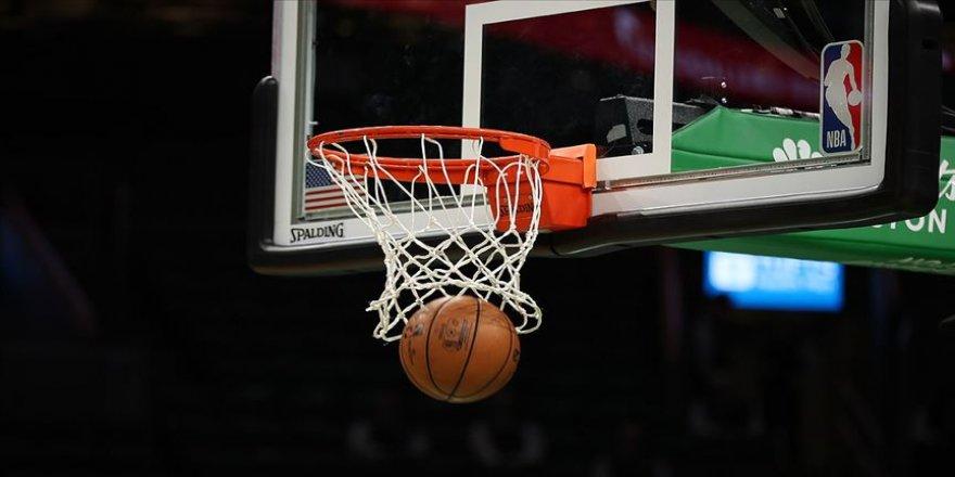 NBA kampında iki oyuncunun Kovid-19 testi pozitif çıktı