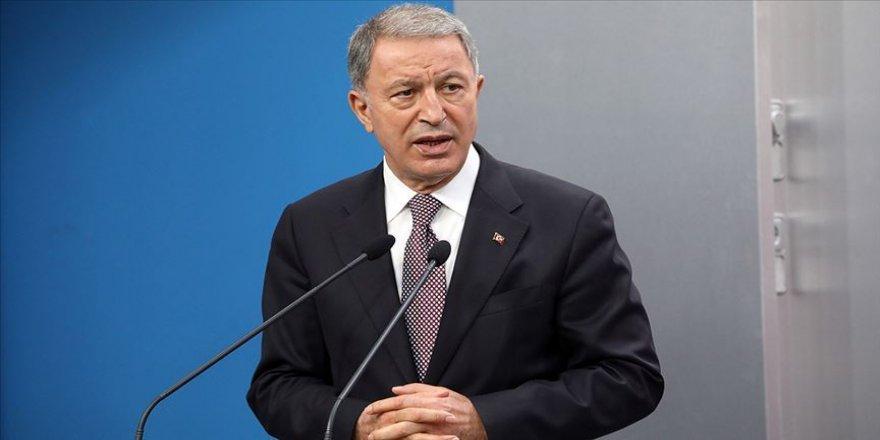Milli Savunma Bakanı Akar: TSK'nın şanlı üniformasını hiçbir hainin taşımasına müsaade etmeyeceğiz