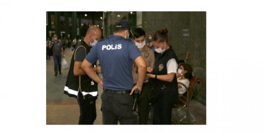 Kocaeli'de 1 kayıp şahıs bulunarak çeşitli suçlardan aranan toplam 31 şahıs yakalandı