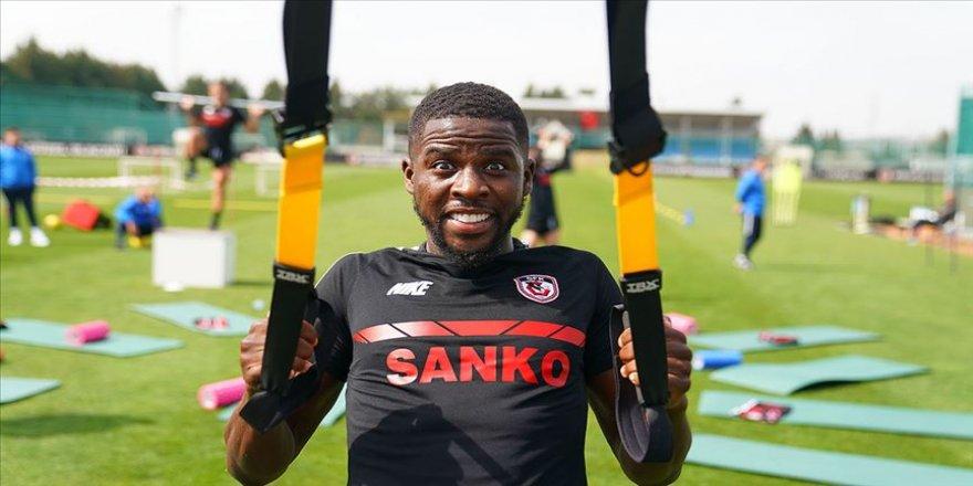 Gaziantep FK'nin Senegalli futbolcusu Djilobodji'den kariyer rekoru