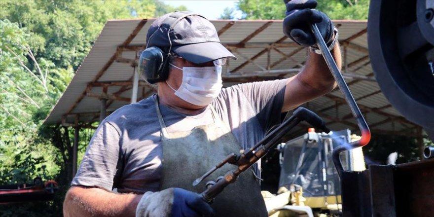 Ürettiği kömür kırıcılar 'kara elmas'ı sanayiye hazır hale getiriyor