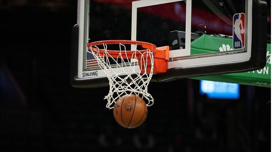 NBA'de Lakers Batı Konferansı liderliğini garantiledi