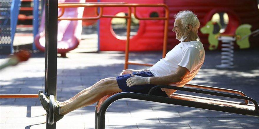 Uzun süre hareketsizliğin ardından kontrolsüz spor stres kırığına neden olabiliyor
