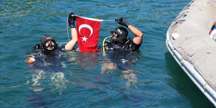Karadeniz'de 'kurbağa adamlar' her an göreve hazır