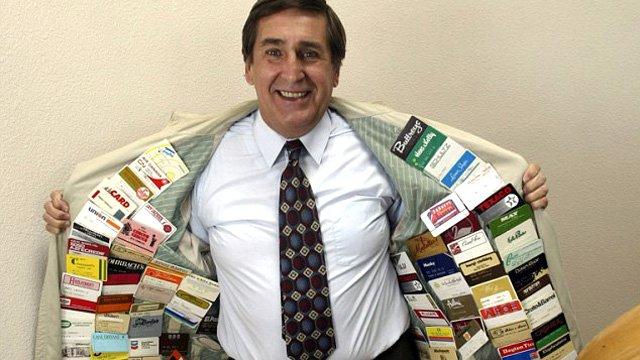Dünyada En Fazla Kredi Kartına Sahip Olan Adam