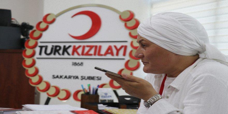 Kızılay gönüllüsü 'Leyla abla' hayatlarına dokunduğu ihtiyaç sahiplerinin gönlünü fethediyor