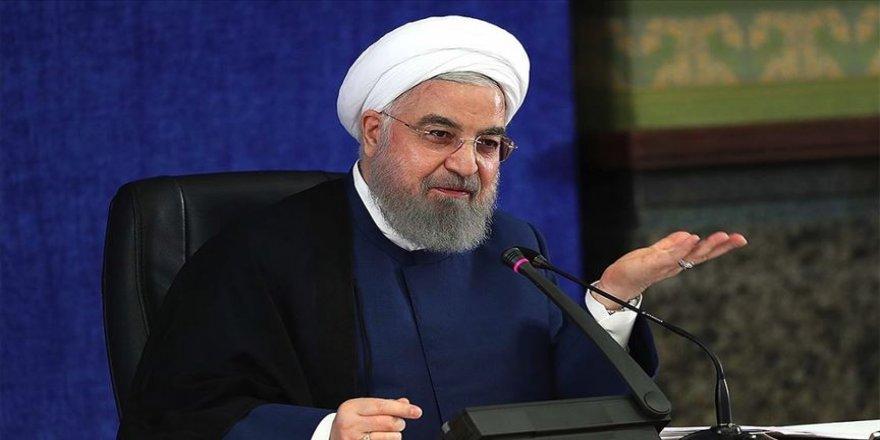 İran Cumhurbaşkanı Ruhani: Düşmanların üzerimizdeki baskısı çok ağır