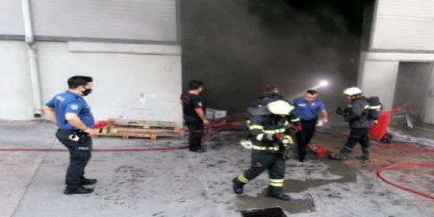 Gebze Plastikçilerde Fabrika'da Yangın Meydana Geldi