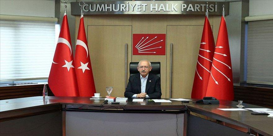 CHP Genel Başkanı Kılıçdaroğlu Hikmet Çetin ve Murat Karayalçın ile görüştü