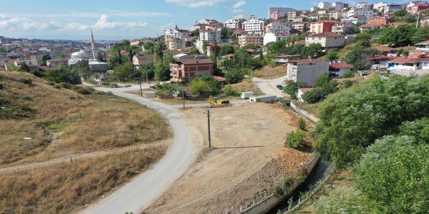 Emek Mahallesi'nde Yeni Park Yapımına Başlandı
