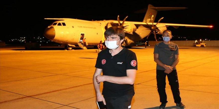 Lübnan'da görev yapan arama-kurtarma ekipleri yurda döndü
