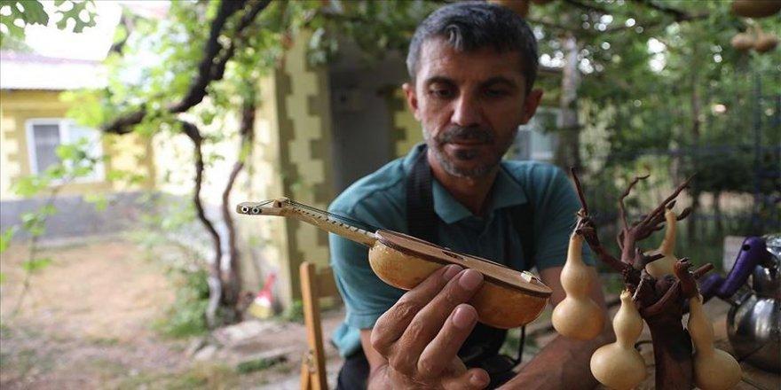 Bingöllü usta doğadan topladığı malzemeleri sanat eserine dönüştürüyor