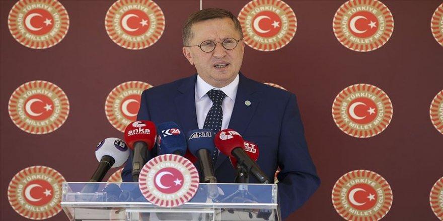 İYİ Parti Grup Başkanvekili Türkkan okulların açılışının ertelenmesini istedi